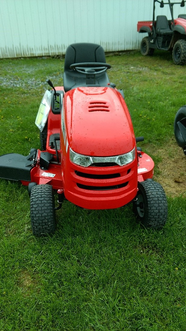 EKLUND- Massey Ferguson Riding Mower