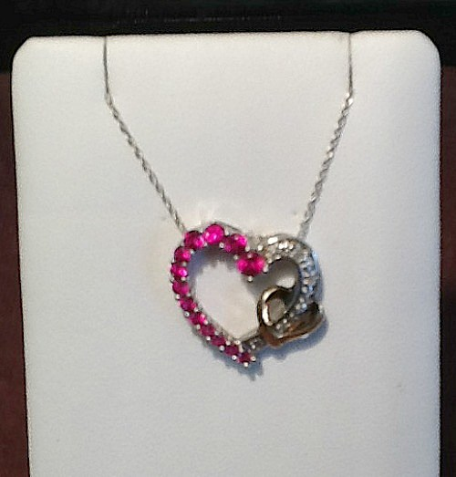 SILVER SMITH-HEART NECKLACE