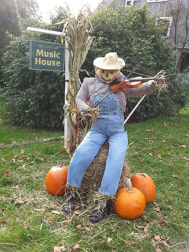 WALTON MUSIC HOUSE (FALL SHOT)