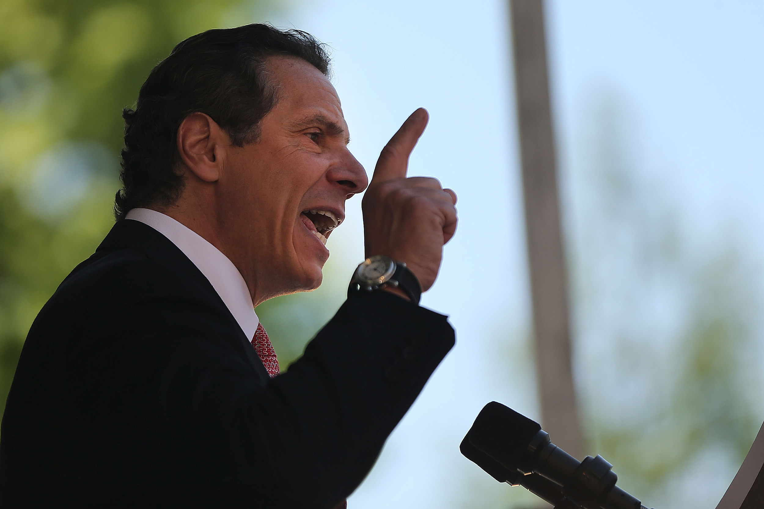 Governor Cuomo Announces His Plan To Raise Wage Of Fast Food Workers